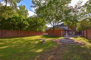 1110 Bade Street, Spring Valley Village, TX 77055