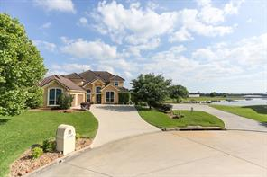 12345 White Oak Point, Conroe, TX 77304