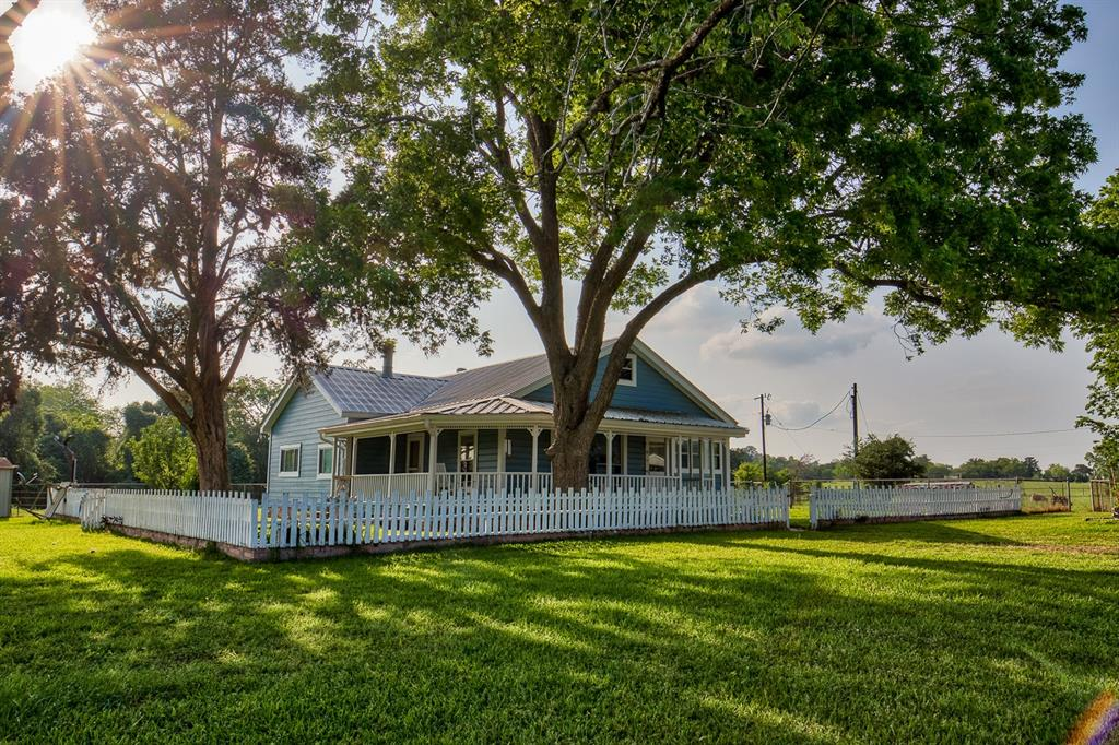 3300 Little Cedar Creek Road, Chappell Hill, TX 77426