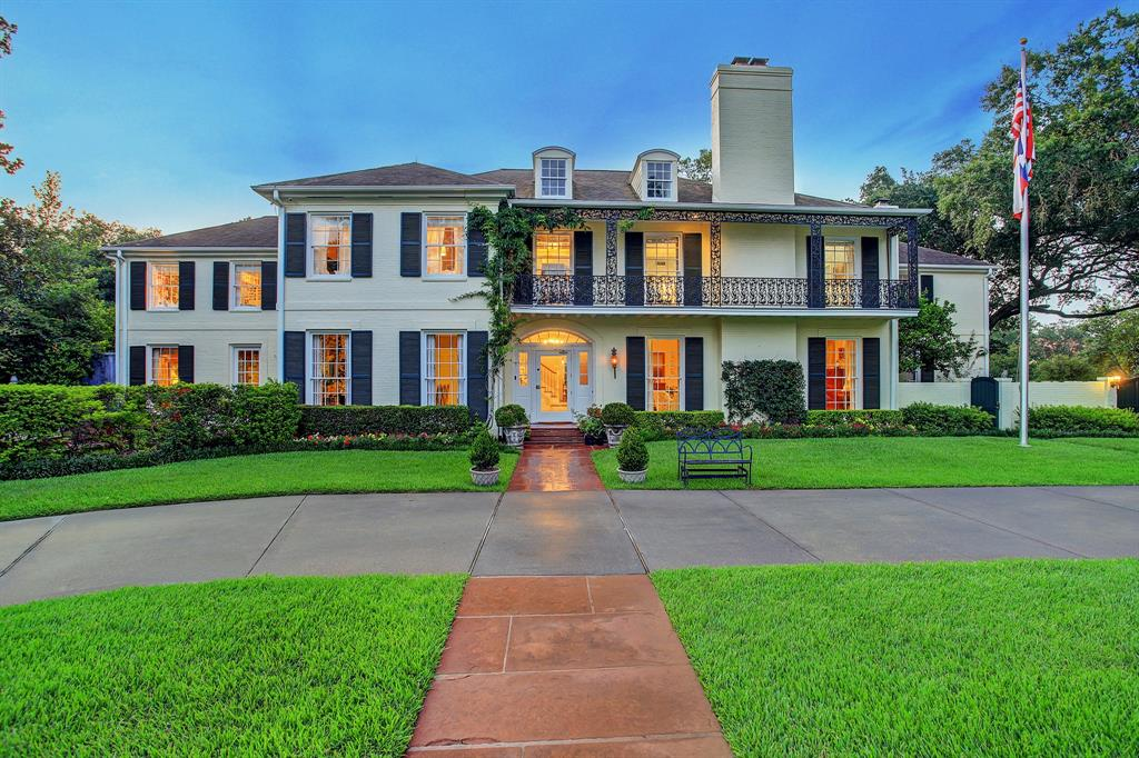 This gracious traditional River Oaks estate boasts 8,916 sq.ft (per appraisal) of living space on a gorgeous 26,100 sq.ft (per HCAD) tree-lined corner lot in one of the most desirable locations in River Oaks. With 6/7 bedrooms and 6 full and 2 half baths, this beautiful residence features generous formals with pretty hardwoods, high ceilings and floor-to-ceiling windows.  A large open island kitchen with commercial stainless appliances adjoins a delightful breakfast room and fabulous, light-filled family room overlooking a large pool and lovely patio. Additional features include a wood-paneled great room with a huge, open hearth fireplace (one of 4), library, wine cellar, greenhouse and extensive grounds as well as an attached apartment/suite with separate entrance.