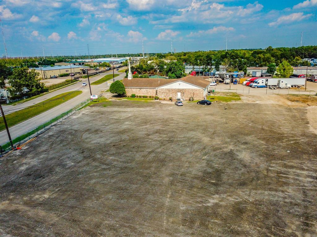 10912 Wallisville Road, Houston, TX 77013
