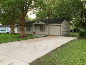 228 Laurel, Lake Jackson, TX, 77566