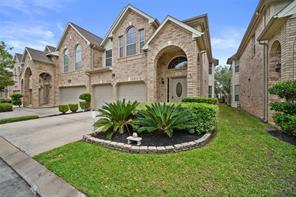 6438 W Linpar Court, Houston, TX 77040