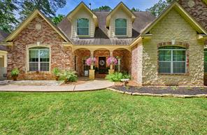 6 W Lake Forest Court, Conroe, TX 77384