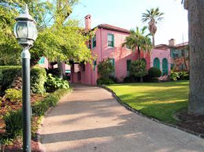 1616 Broadway Street, Galveston, TX 77550