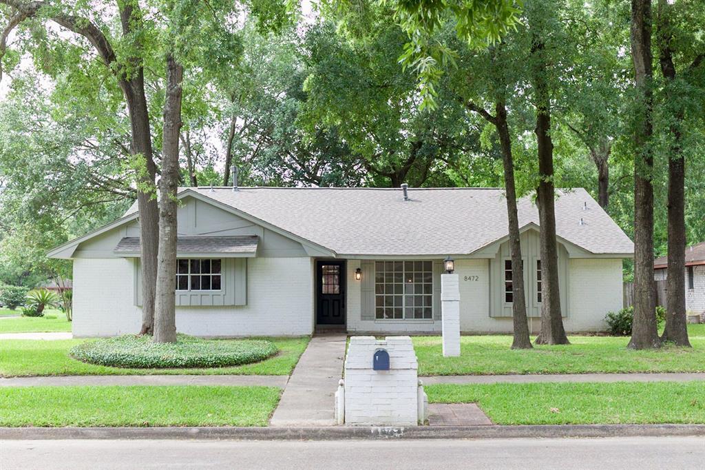 8472 Claiborne Street, Houston, TX 77078