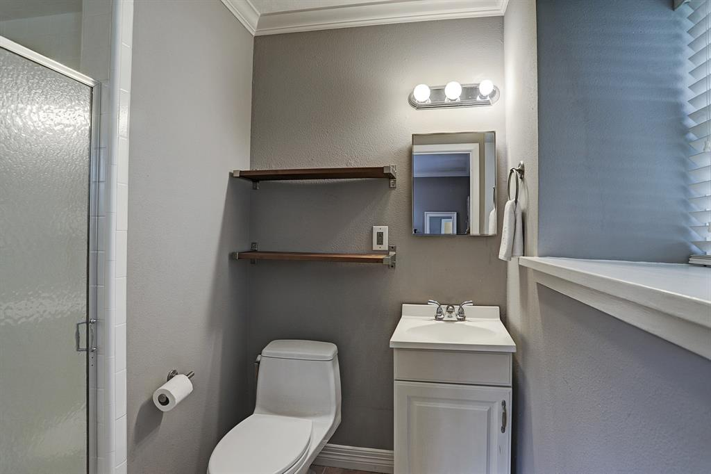 Master bathroom. Shower was refinished in 2018.