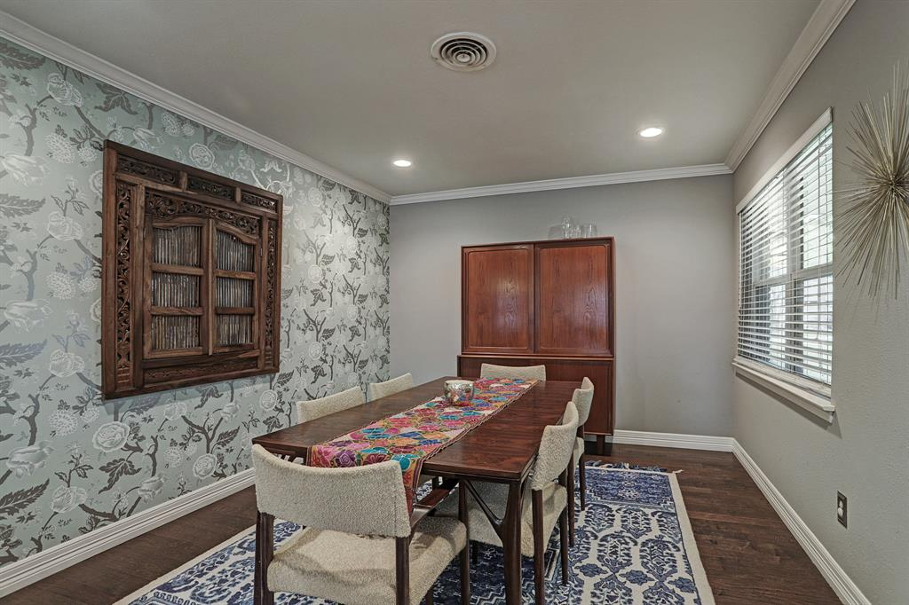 Large formal dining area with great natural light could also be setup as a playroom.