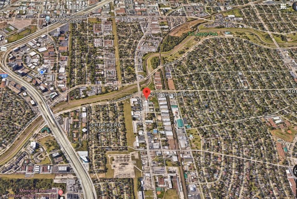 Rare find! Almost 1/2 acre property (20,765 sq ft) on W 34th st, perfect for restaurant, retail, housing, etc! CLose to T.C Jester, park, restaurants, shopping, oak forest, etc. Call listing agent for more info.