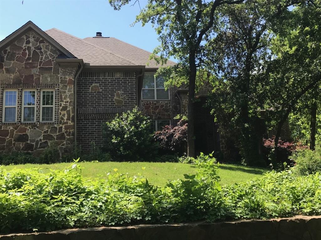 2100 Ravenwood Drive, Keller, TX 76262