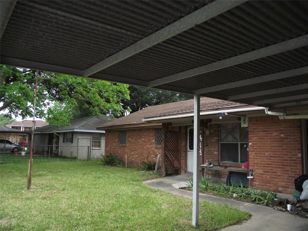 418 Noonday Court, Houston, TX 77060