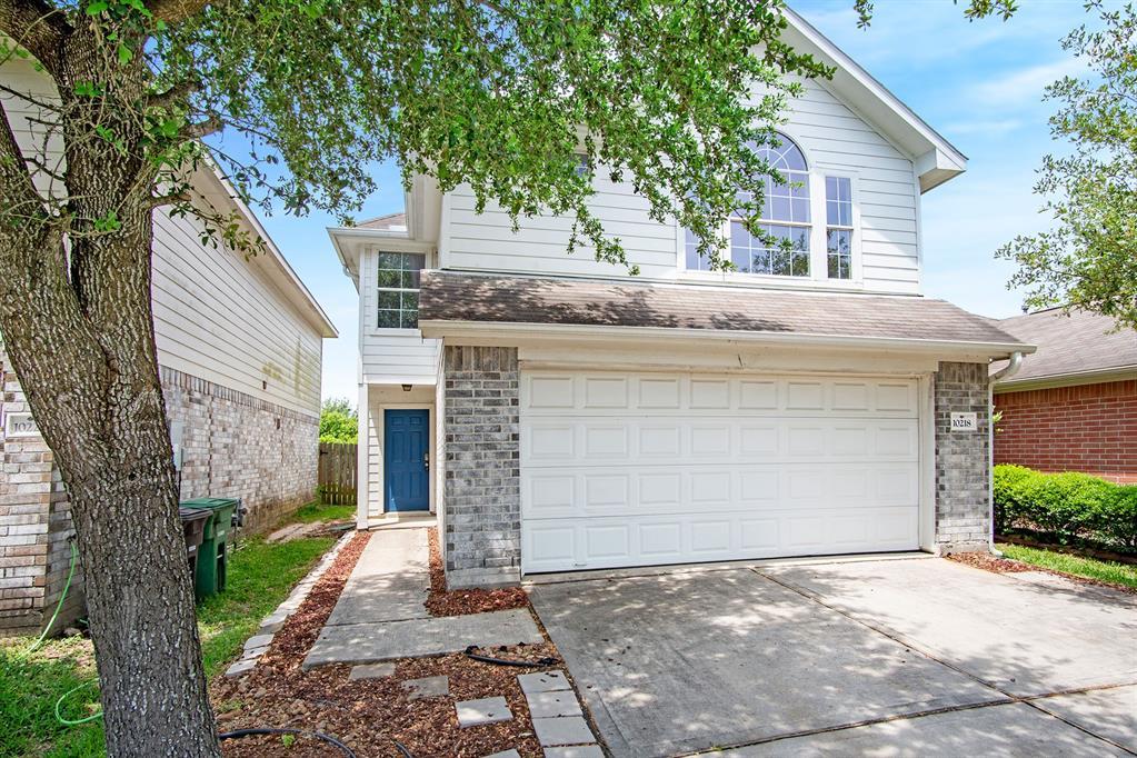 10218 Middleglen Lane, Houston, TX 77034