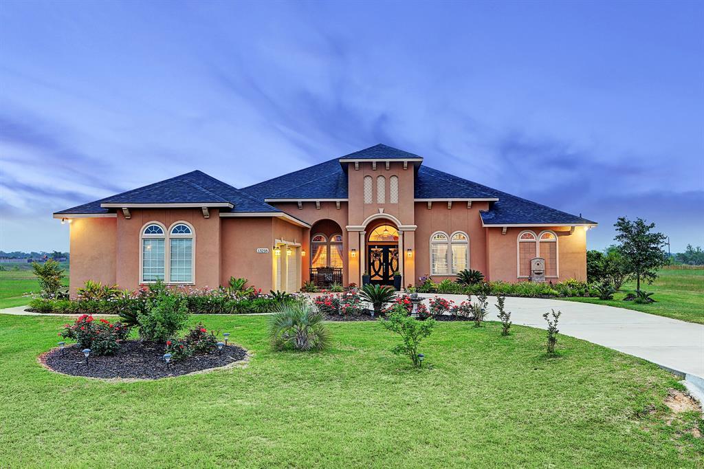 13218 Sunrise Bluff Drive, Hockley, TX 77447