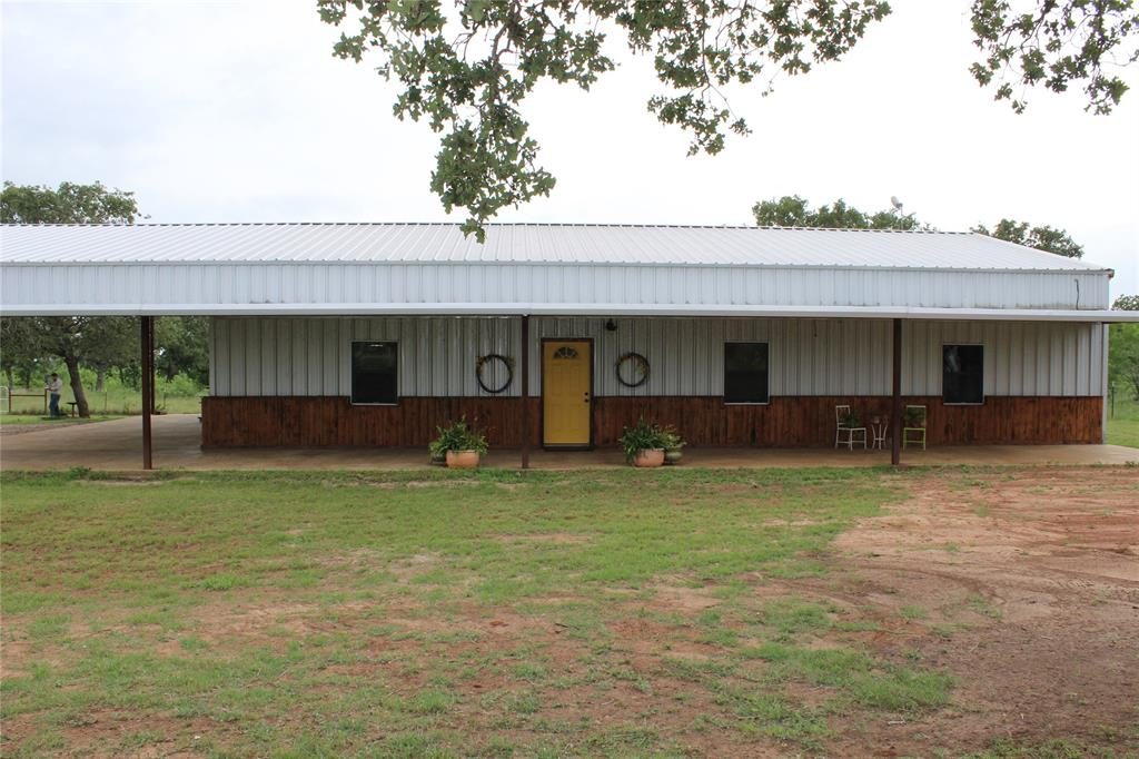 343 Sleepy Meadow, Nixon, TX 78140