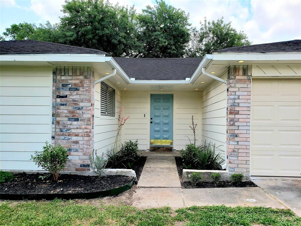 13107 Birch Grove Drive, Houston, TX 77099