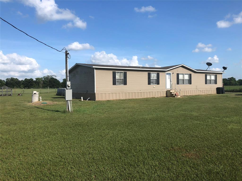 3528 County Road 131, Wharton, TX 77488