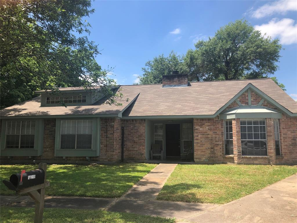12219 Longbrook Drive, Houston, TX 77099