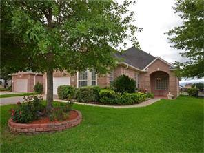 13645 Lakeside Place Drive, Willis, TX 77318
