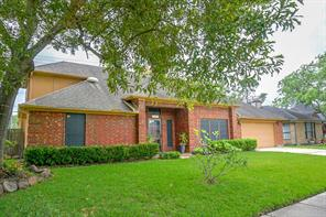 2507 forge stone drive, friendswood, TX 77546