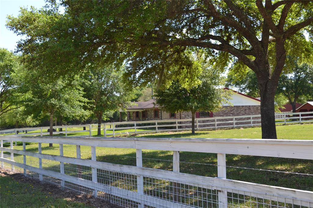 1388 County Road 149, Sublime, TX 77986