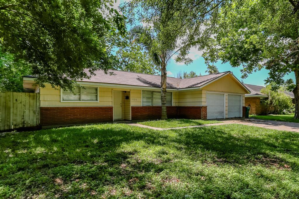 3520 Tanglebriar Drive, Pasadena, TX 77503
