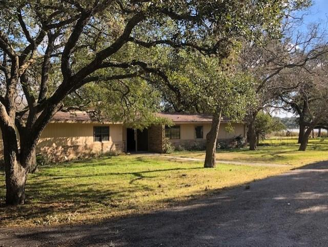 116 Laughlin Road, Eagle Lake, TX 77434