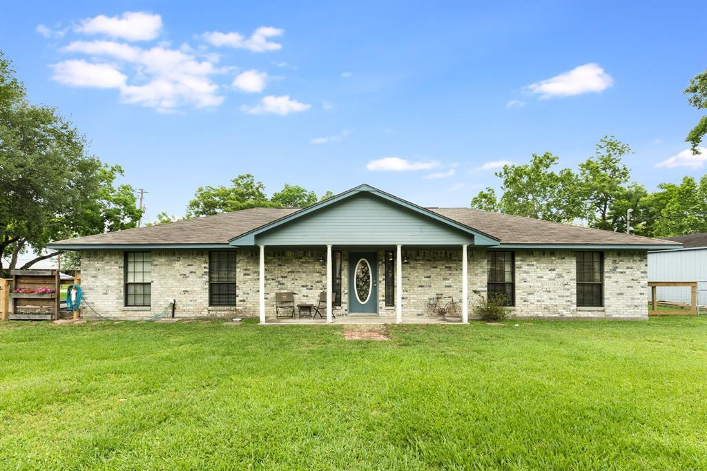 5503 6th Street, Danbury, TX 77534