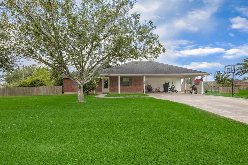 14502 Oleo Street, Santa Fe, TX 77517