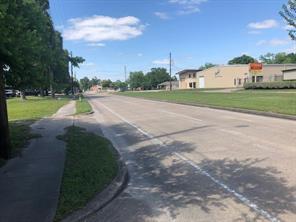 2231 blalock road, houston, TX 77080