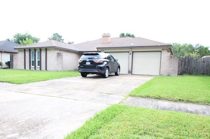 12722 Club Lane, Houston, TX 77099