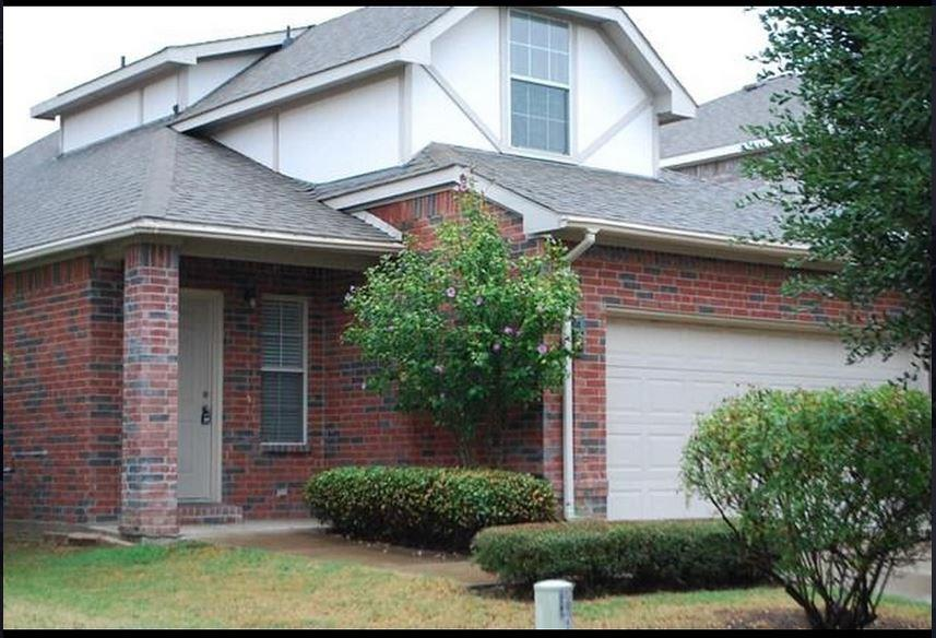 8816 Highland Orchard Drive, Fort Worth, TX 76179