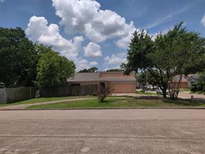 7907 Patio Glen Drive, Houston, TX 77071