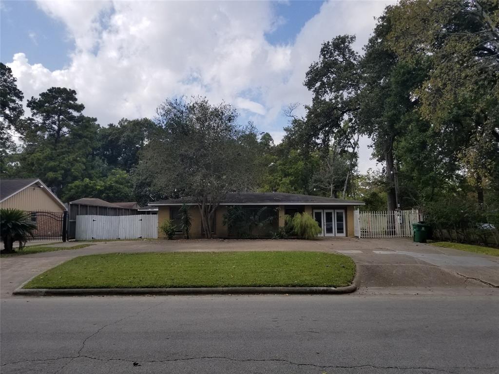 2815 Vollmer Road, Houston, TX 77092