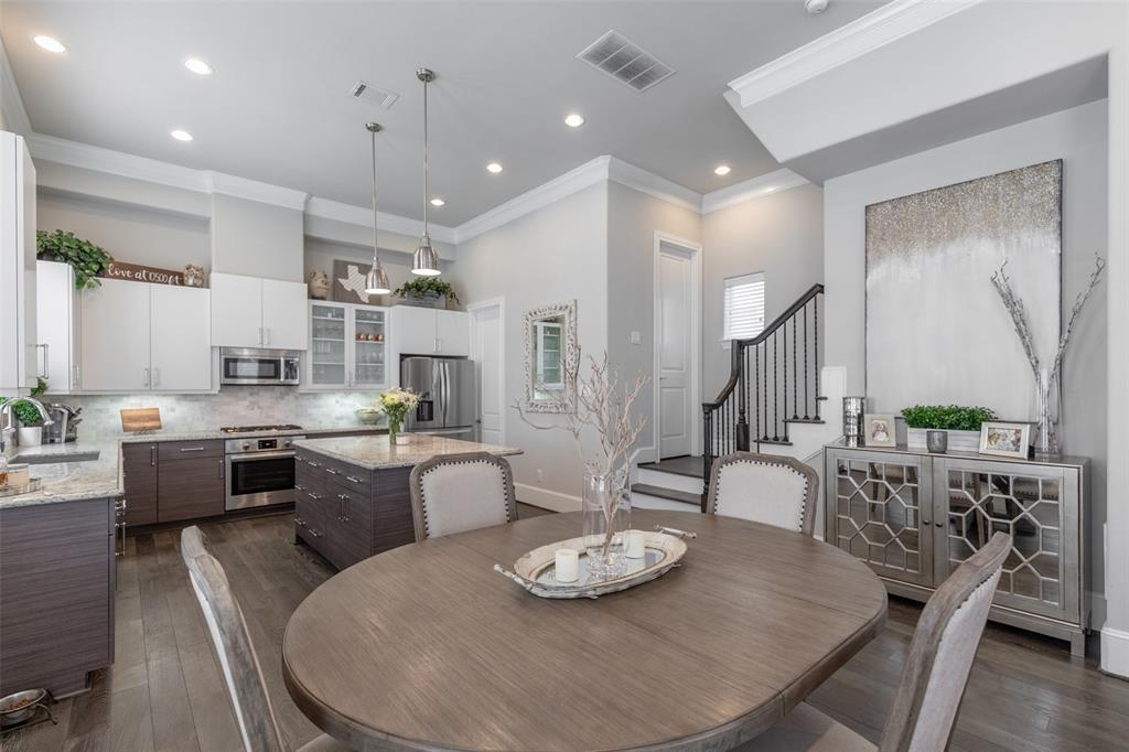 Excellent Vickie Staff Greenwood King Properties Interior Design Ideas Gentotthenellocom