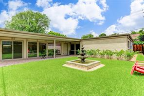 5444 rutherglenn drive, houston, TX 77096