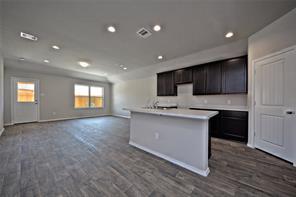 8119 Oakleaf Meadow, Rosharon, TX, 77583