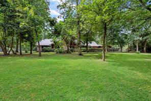 715 Sentinel Oaks, Pinehurst TX 77362