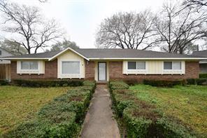 8010 Twin Hills, Houston, TX, 77071