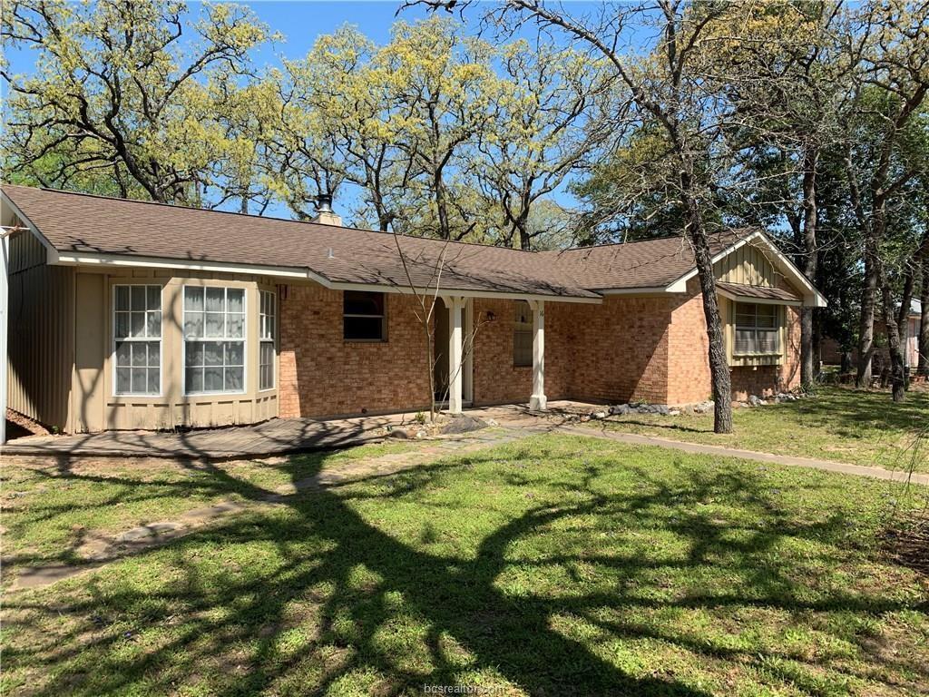 16 Eden Rock, Hilltop Lakes, TX 77871
