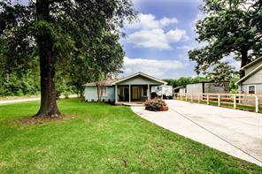 196 County Road 3700, Splendora, TX 77372