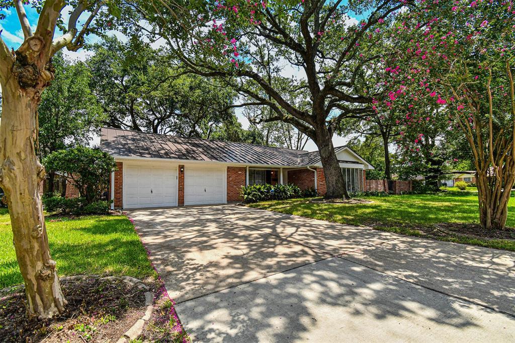 7511 Glenheath Street, Houston, TX 77061