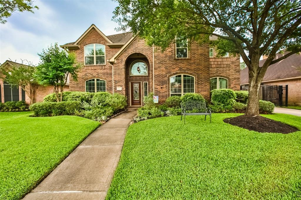 9722 Mystic Crossing Court, Houston, TX 77065