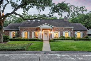12135 broken bough drive, houston, TX 77024