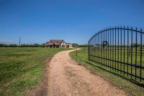 10586 Lourdes Road, Sealy, TX 77474