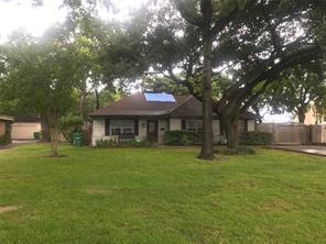702 41st, Houston, TX, 77018