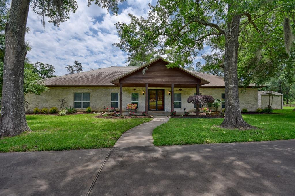 1094 Dunlavy Road, Cat Spring, TX 78933