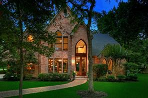 14 E Sunlit Forest Drive, The Woodlands, TX 77381