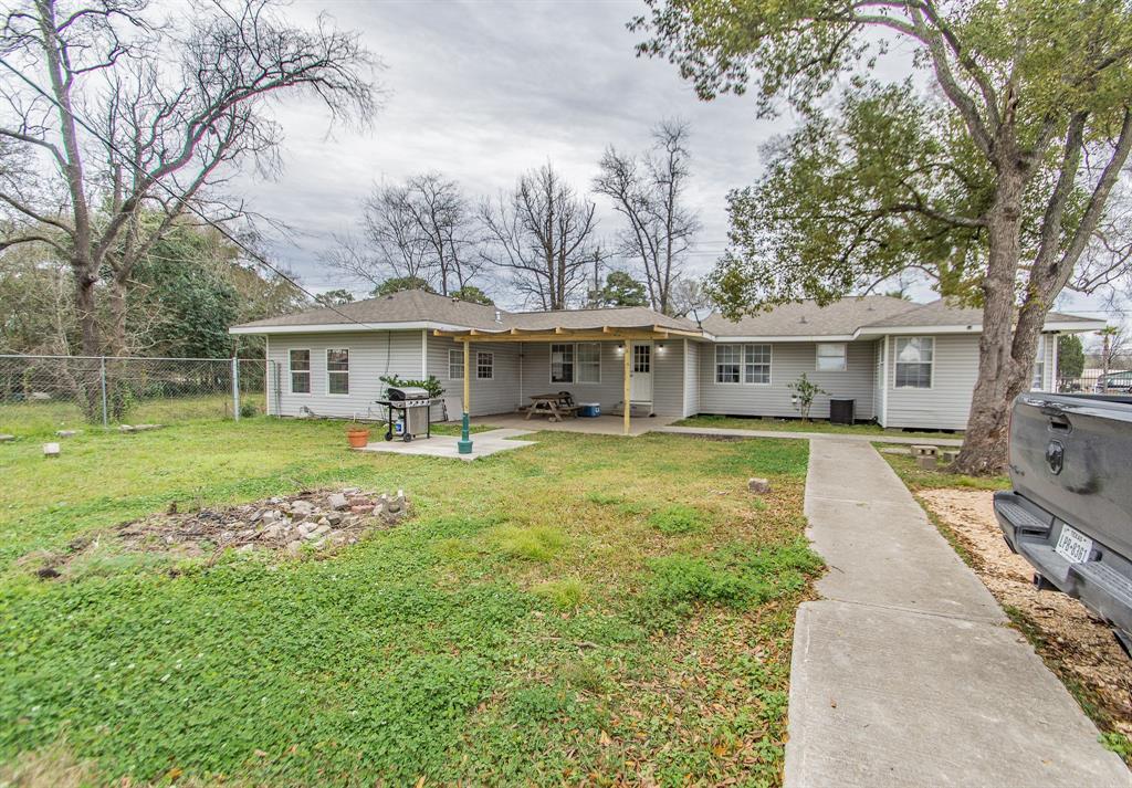 12802 Green River Drive, Houston, TX 77044