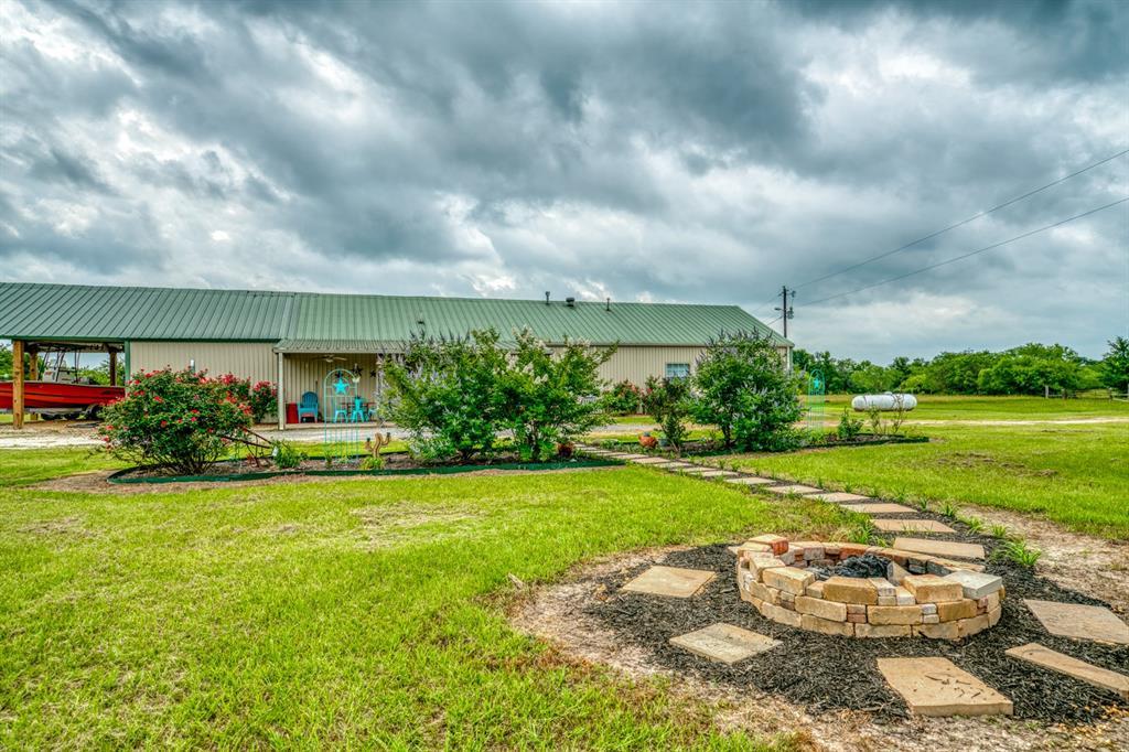 5732 Fm 1372 Road, North Zulch, TX 77872
