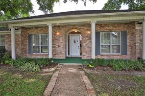 9302 Twin Hills Drive, Houston, TX 77031